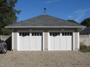 the-house-company-yarmouthport-garage-new-construction